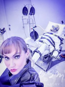 BDSM mind-games lasting days and physical torments by Dominatrix Mistress Miranda